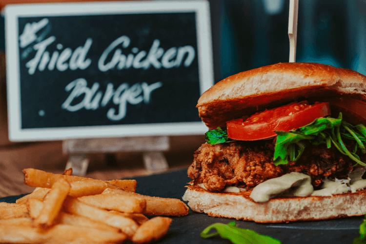 Mampfy Restaurant Fried Chicken Burger